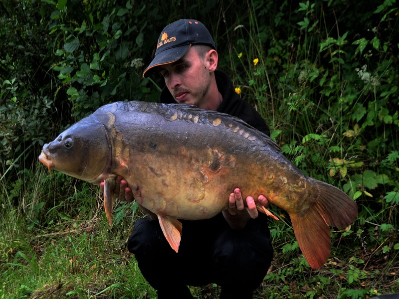 Tommy Flower  26lb mirror